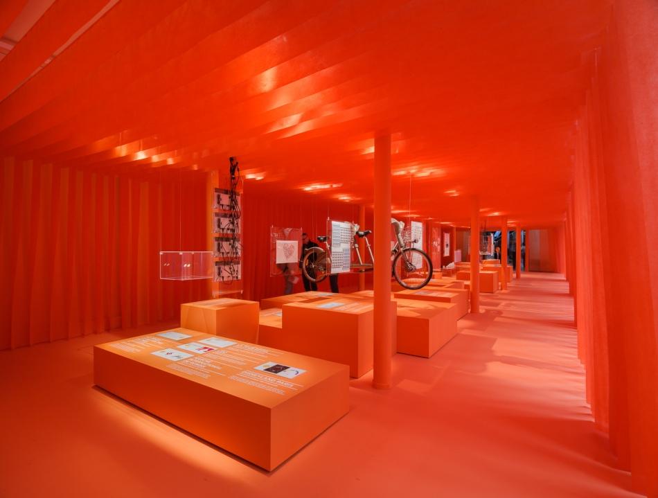 """Exposition """"Lost in Paris : design & tourisme en Ile-de-France"""" au Lieu du Design à Paris /"""
