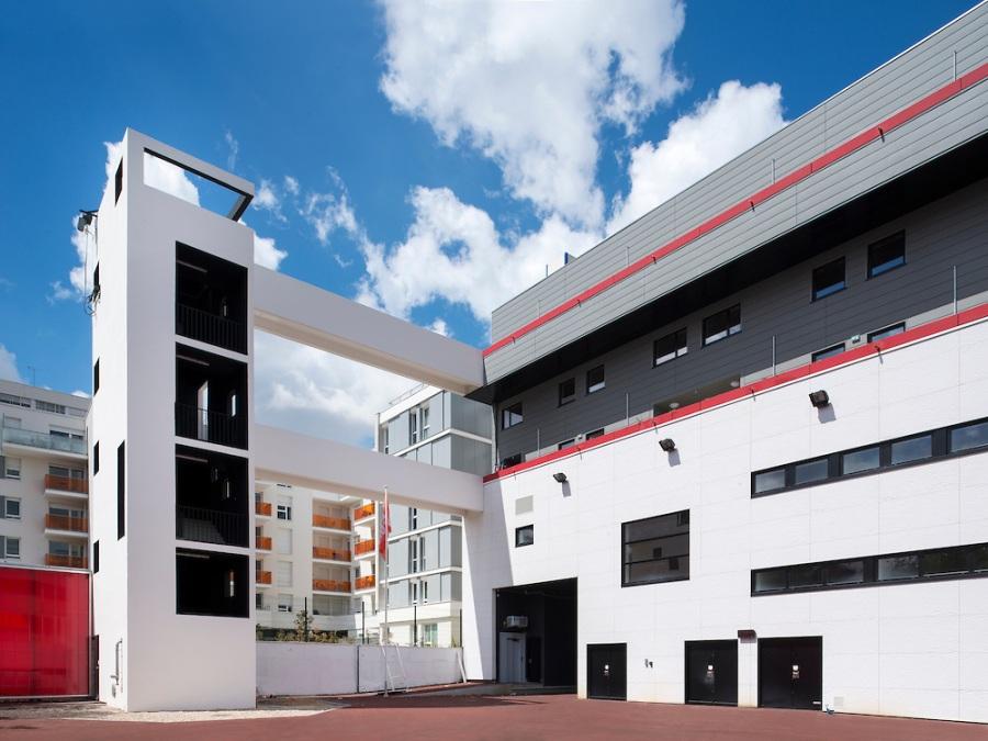 centre de secours à Ivry-sur-Seine - Jean Dubus Architecte