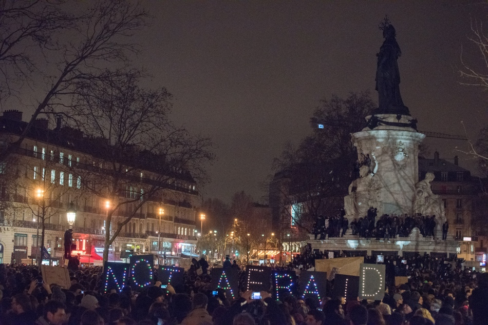 Manifestation en soutien au journal Charlie Hebdo - Je suis Char
