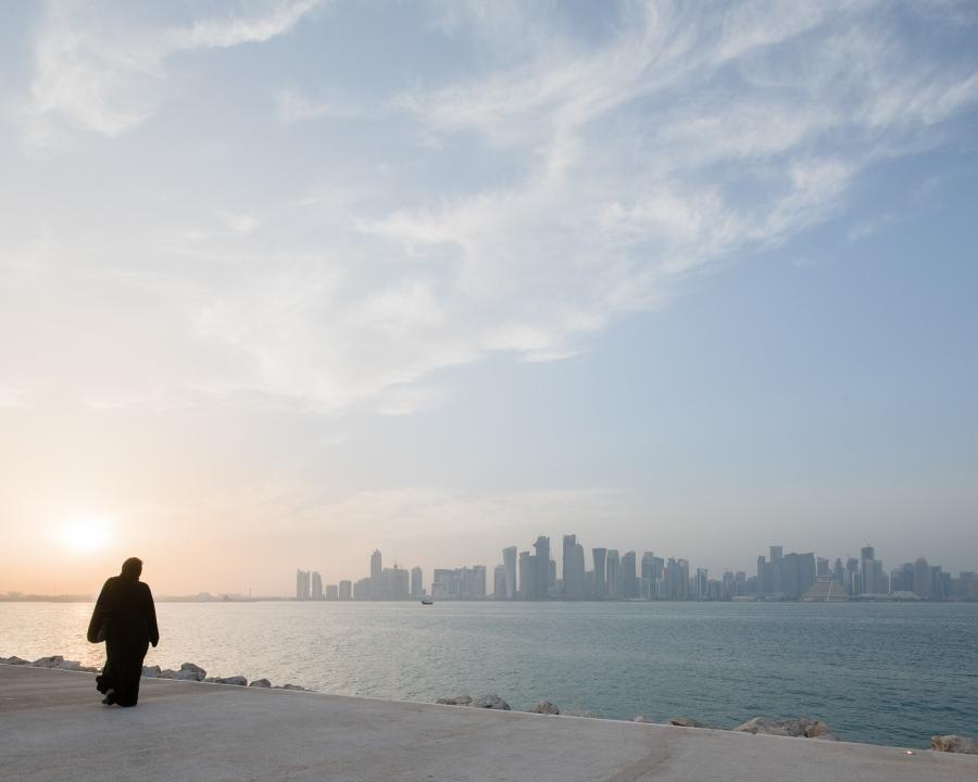 Doha, Qatar, 2015. Corniche Street et la skyline