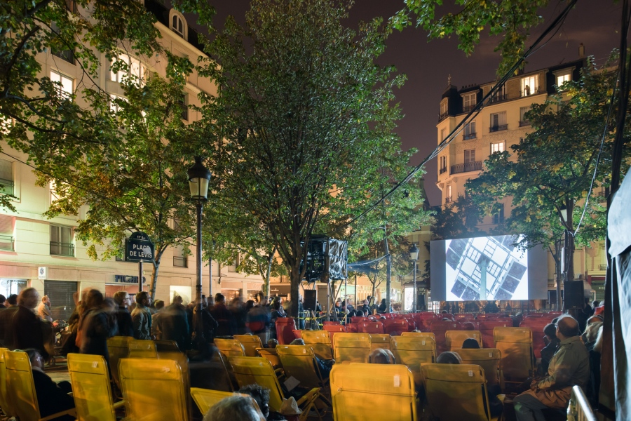 Nuit Blanche 2015 à Paris.