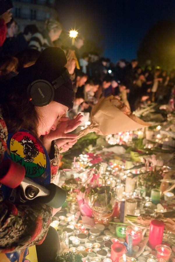 Place de la République : hommage aux victimes des attentats